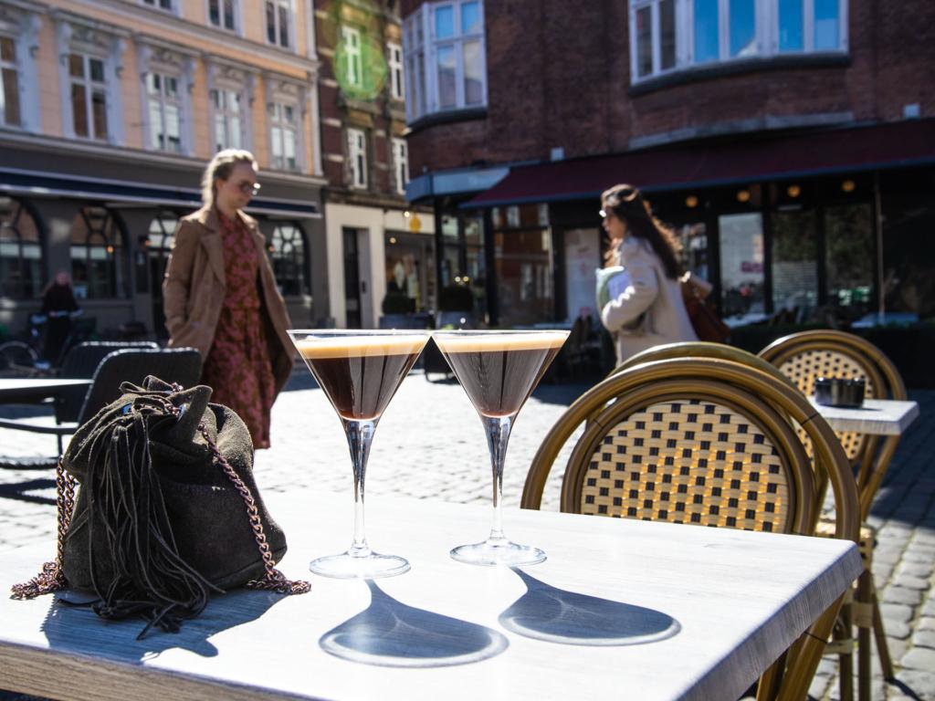 Carlton i Latinerkvarteeret i Århus C-11