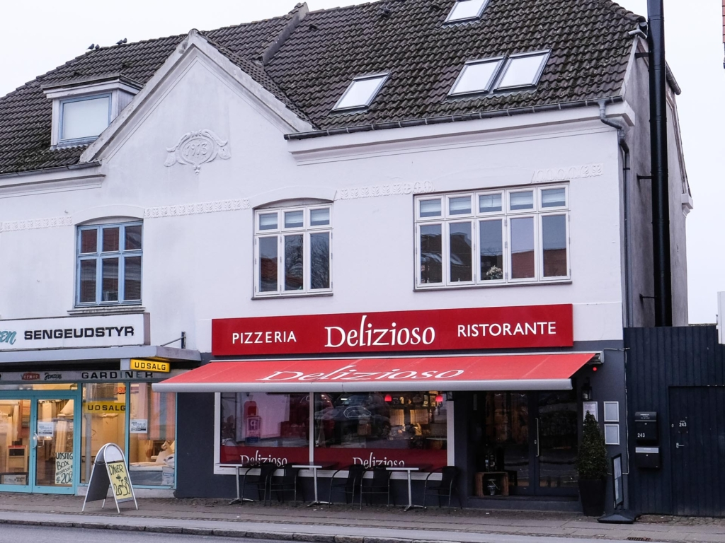 Delizioso i Åbyhøj-9