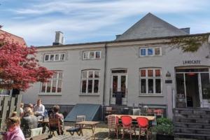 Landcafé i Latinerkvarteret i Århus