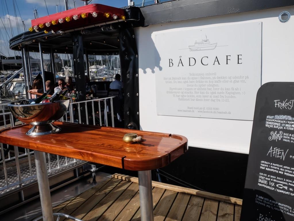 Bådcafé på havnen i Aarhus_-4