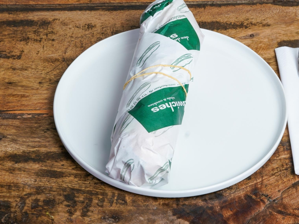 Dee Dee's Sandwich_-3