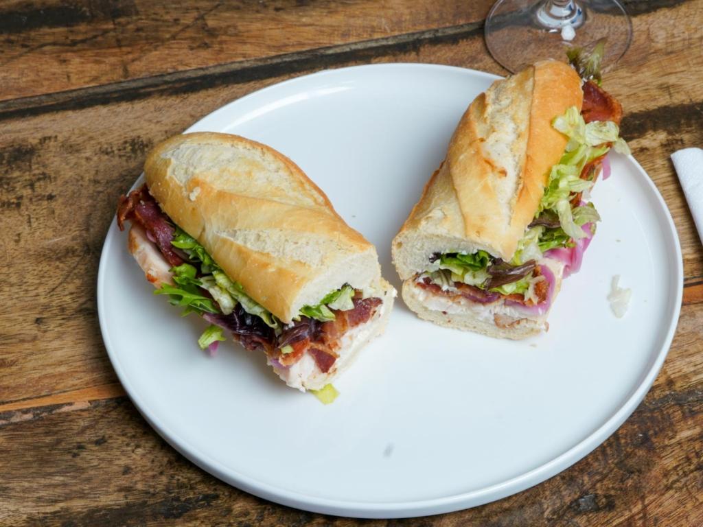 Dee Dee's Sandwich_-4