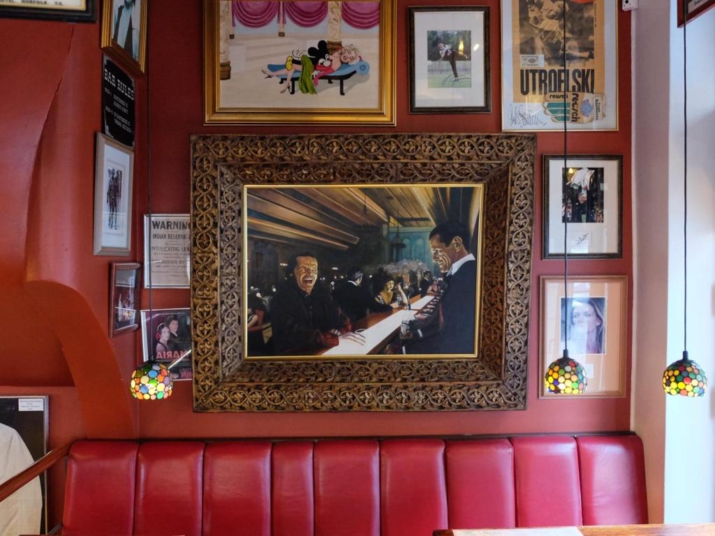 Billede på væggen hos Mackie's Pizza & Cantina