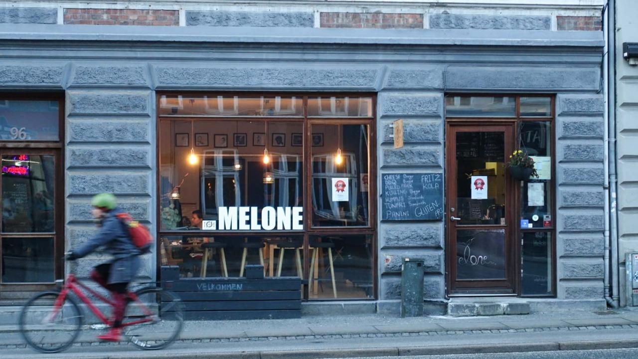 Melone i Frederiks Allé i Aarhus
