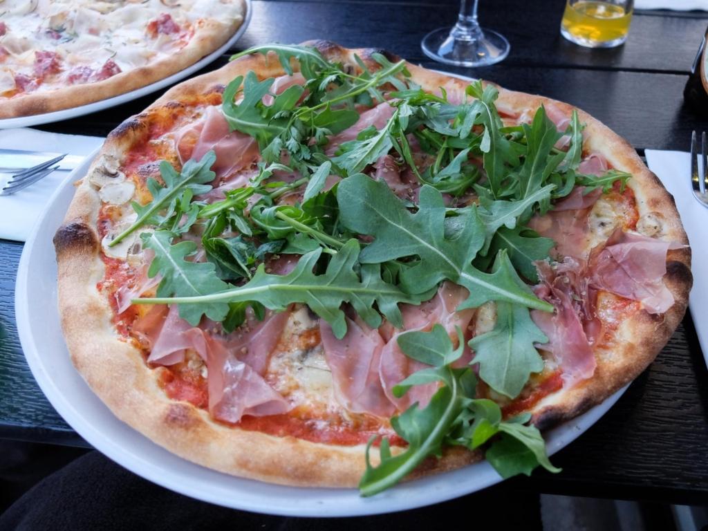 Vores pizza hos Piccolina