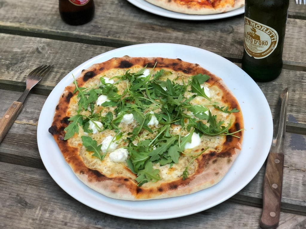 Pizza Hytten i Frederiks Allé-3