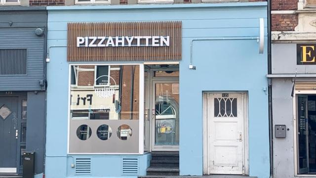 Pizza Hytten i Frederiks Allé-4
