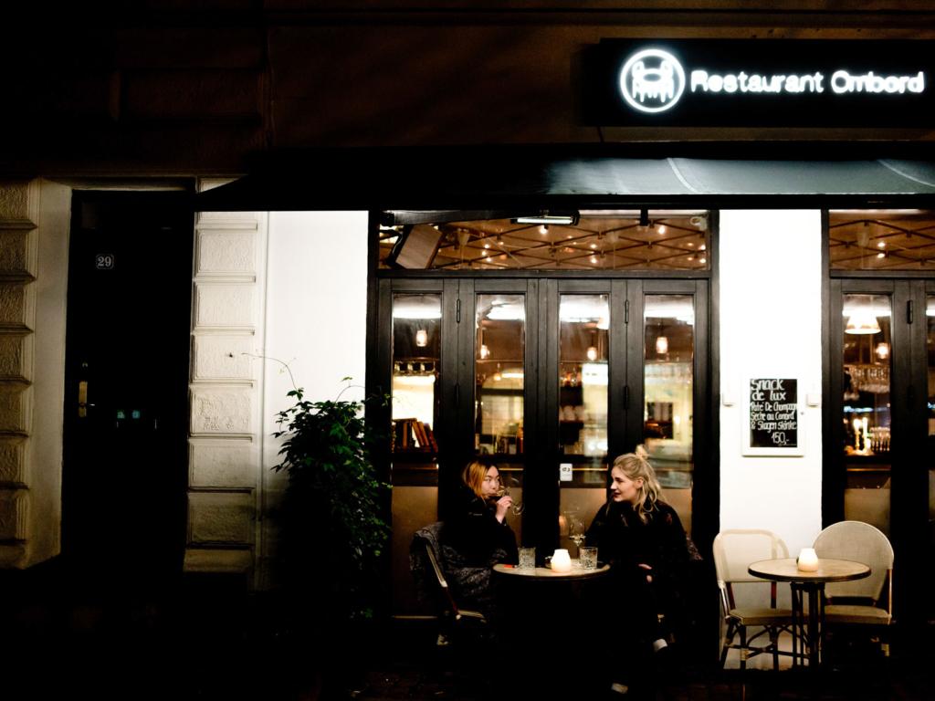 Restaurant Ombord-2