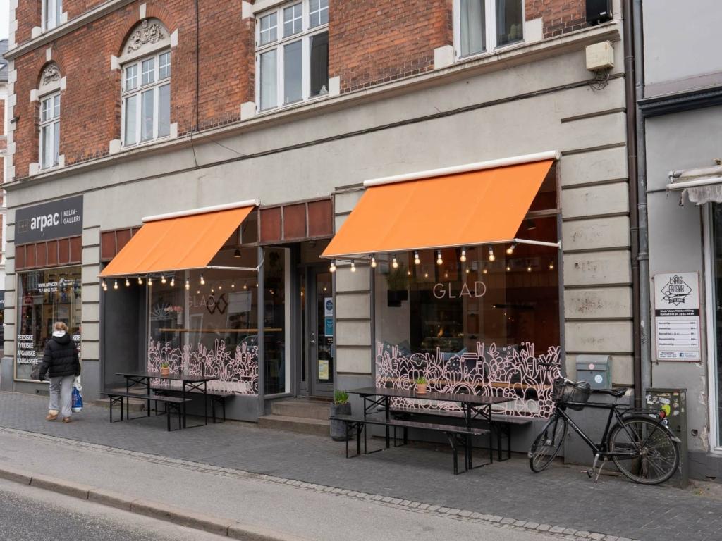 Café GLAD-6