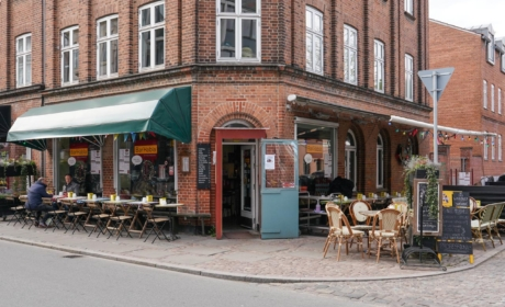 Bar'Habla se udefra Jægergårdsgade