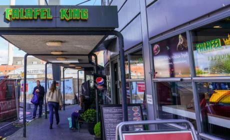 Falafel King i Aarhus set ude fra busholdepladsen