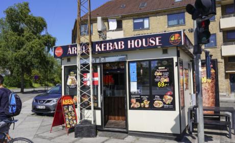 Aarhus Kebab House set udefra