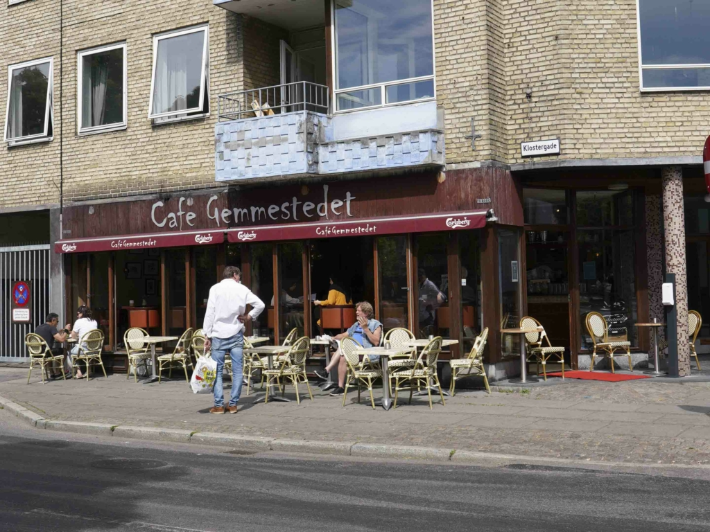 Café Gemmestedet set udefra Klostergade