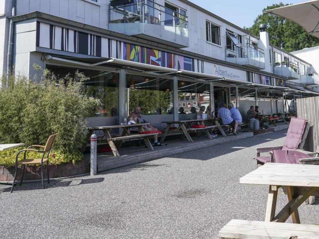 Albert - Cafe & Sandwichbar-7